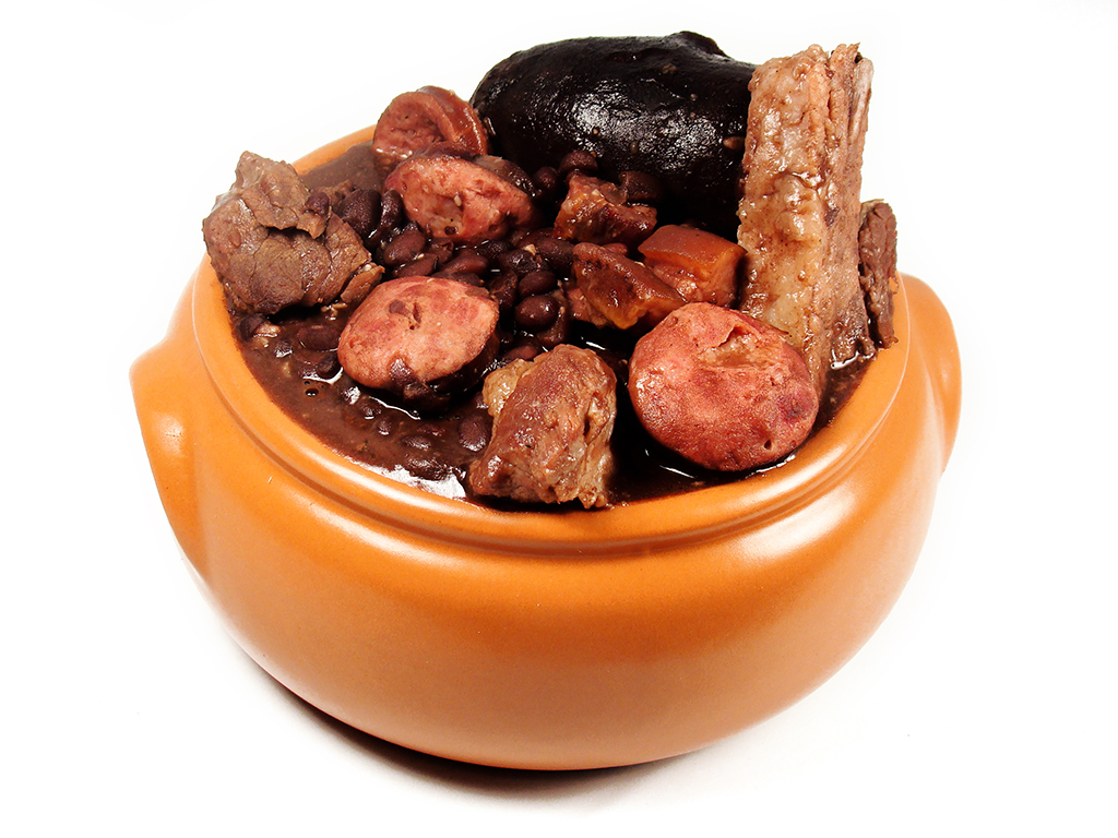 Brazilians most typical food ailola latino blog feijoada brazils national meal forumfinder Images